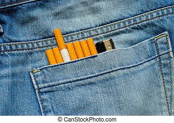 cigaretták, olcsó, öngyújtó