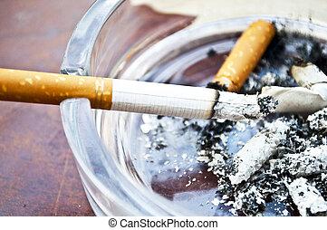 cigarett, brännande, askkopp