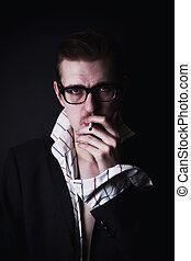 cigarro, óculos, homem jovem, retrato
