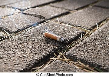cigarro, concept., chão, queimadura, fumar