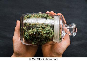 cima., brotos, legalizing, marijuana., weed., mãos, cannabis, banco, lote, conceitos, fim, fresco, vista., topo, man.
