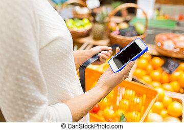 cima, de, mulher, com, alimento, cesta, em, mercado
