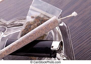 cima, marijuana, fumar, parafernália