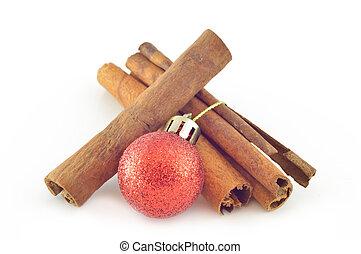Cinnamon bark (cinnamon) with Christmas ball