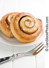 cinnamon buns on plate