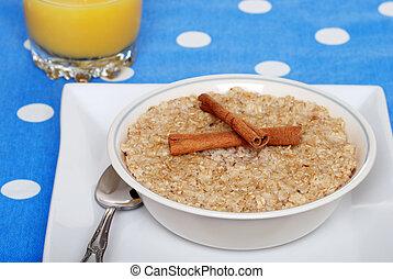 cinnamon oatmeal with orange juice