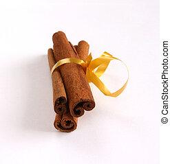 Cinnamon - three sticks