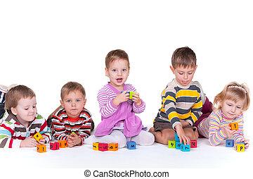 cinq, blocs, enfants jouer
