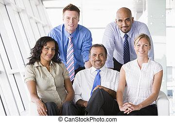 cinq, businesspeople, intérieur, sourire, (high,...