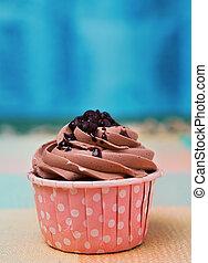 cioccolato, torta tazza, su, cima tavola