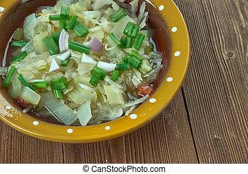 Romanian onion soup