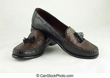cipők, ügy