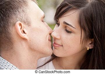 circa, amanti, bacio