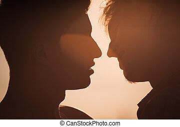 circa, uomini, due, bacio