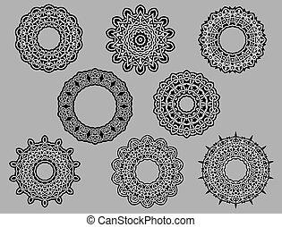 Circle vignette lace ornaments