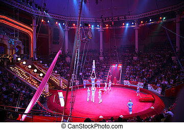 circo, acróbatas