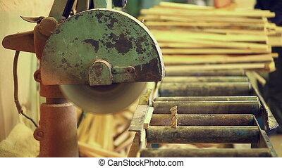 circular saw processing