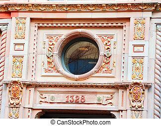 Circular Window in Columbia