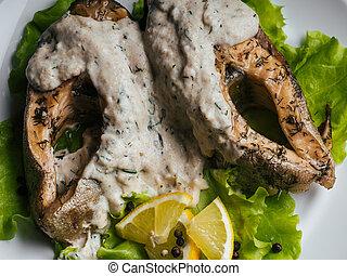 citron, salade, fish, crème, plaque., blanc, frit, sauce, rouges, truite