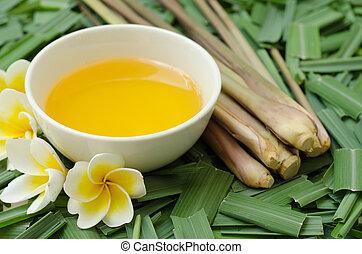 Citronella Grass and oil on citronella grass leave ...