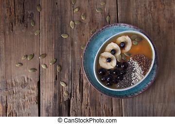 citrouille, smoothies, à, banane, et, myrtilles, et, graines