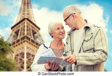 città, anziano, strada, coppia