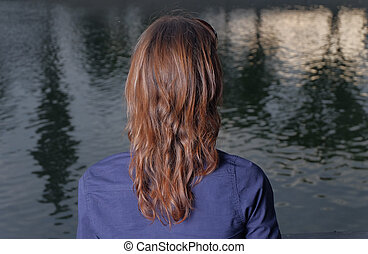 città, sguardo, haired, lei, parco, stato, mind., rosso, calma, vista., donne, vista posteriore