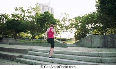 city., exercice, jeune femme, dehors, escalier