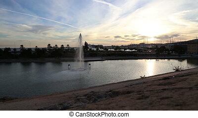 City fountain Palma de Mallorca - DSLR Full HD progressive...