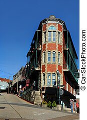 City of Eureka Springs Arkansas - Hilly and twisty streets ...