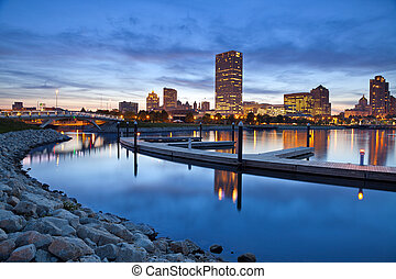 City of Milwaukee skyline. - Image of Milwaukee skyline at...