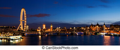 City of Westminster at Twilight ,London. - London panoramic...