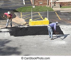 City Road repair - City crews working on street repair ...