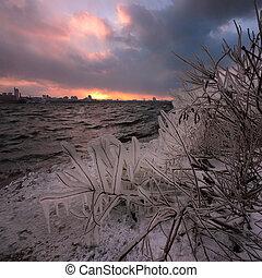 city's, front mer, orage, glace, extrême