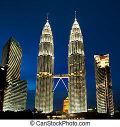 cityscape, de, kuala lumpur, malasia, con, petronas, towers.