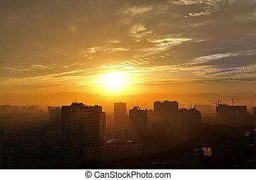 cityscape, gouden zonsondergang