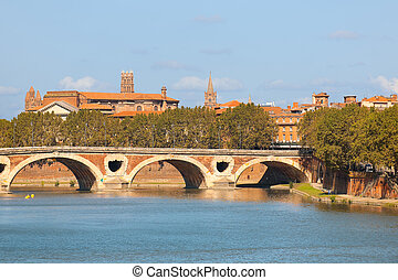 Cityscape of Toulouse in a sunny sammer day