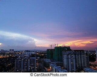 cityscape, sur, dramatique, coucher soleil, coloré