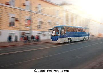 ciudad, grande, autobús, movimiento, calle., mancha, por, se mueve, excursión