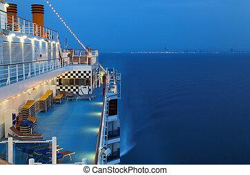 ciudad, iluminado, gente, noche, mar, vaya barco