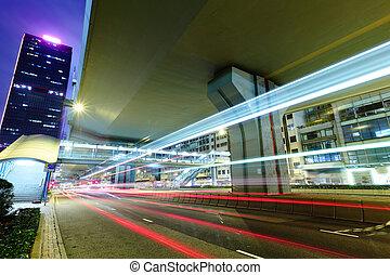 ciudad, noche, semáforo, senderos