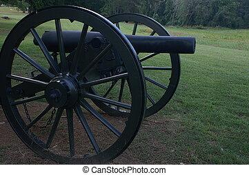 Civil War Cannon - Cannon on actual civil war battlefield in...