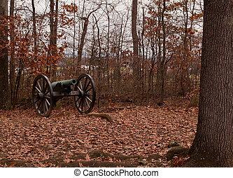 Civil War cannon - A Civil War cannon in Gettysburg in the...