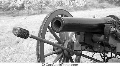Civil War Canon - A working canon at a Civil War...