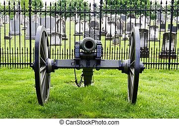 Civil war era cannon at Gettysburg cemetery