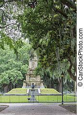 Civil War Statues in Forsythe Park