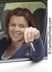 clés, femme voiture, chauffeur, tenue