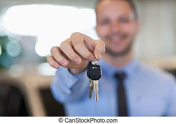 clés, sien, tenue, voiture, homme, bouts doigt