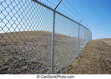 clôture barbelée