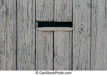clôture bois, boîte lettres